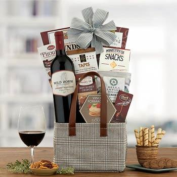 Christmas Sleigh Wine Gift Basket