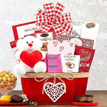 Cupids Valentines Day Gift Basket