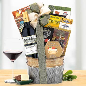 Wine and Gourmet Snacks Basket