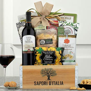Italian Treats and Wine Basket